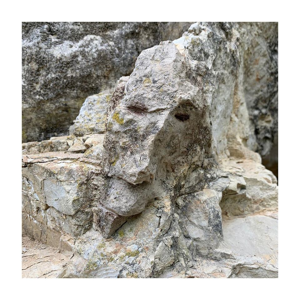 grotte celia gouveiac - Galery garden Beddinfton Fine Art